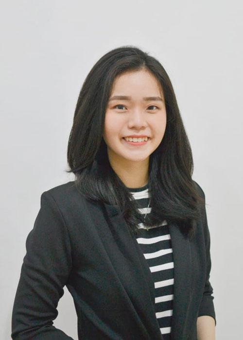 Ovina - Guru Bahasa di LUMINOUS untuk program bahasa asia - Mandarin