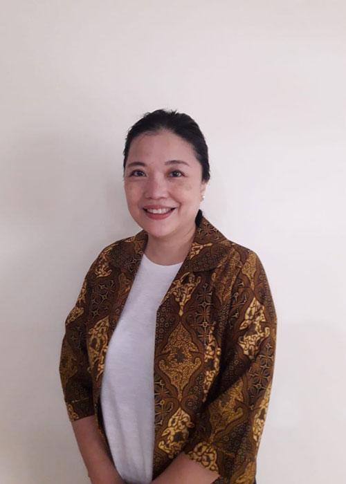 Risa - Guru Bahasa di LUMINOUS untuk program bahasa asia - Jepang