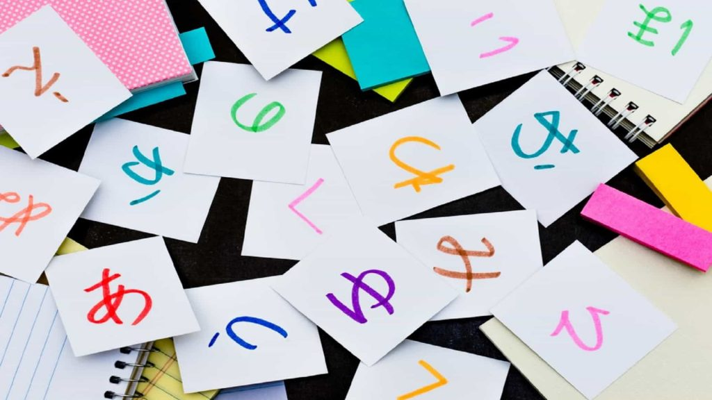 Contoh tulisan huruf hiragana di atas kertas
